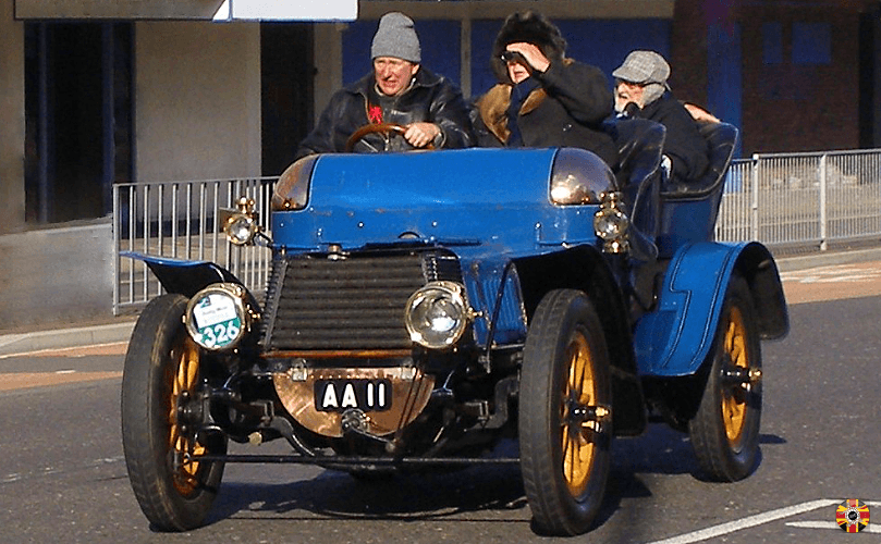 1903 Daimler 22HP, AA 11, on Brighton run. Parts reverse engineered for car by 3D Engineers.
